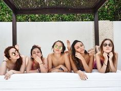 Girl Photos, Latina, Bikinis, Swimwear, Best Friends, Victoria, Photoshoot, Iphone, Celebrity