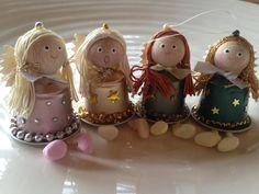 Entdecken Sie die neue Kreation Daniela R. für den Nespresso Second Life… K Cup Crafts, Clay Pot Crafts, Diy Arts And Crafts, Crafts For Kids, Diy Crafts, Christmas Presents, Christmas Decorations, Christmas Ornaments, Holiday Decor