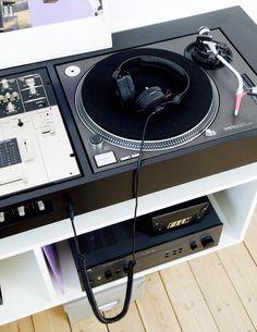 44 best dj stand plans images on pinterest dj stand dj booth and dj equipment. Black Bedroom Furniture Sets. Home Design Ideas