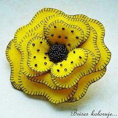 Цветы из ткани - фото