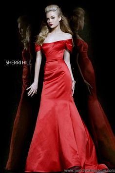 Sherri Hill Prom Dresses and Sherri Hill Dresses 21221 at Peaches Boutique