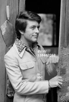 Bill Bixby in The Magician Superman Wonder Woman, Batman And Superman, The Incredible Hulk 1978, Giant Monster Movies, Hero Tv, Old Tv Shows, Classic Tv, Hollywood Stars, The Magicians