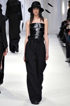 Ann Demeulemeester Fall 2013 Ready-to-Wear Collection Slideshow on Style.com