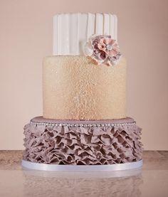 Ruffle cake by Pretty Sweet Cakes, pastel o cake con revuelos