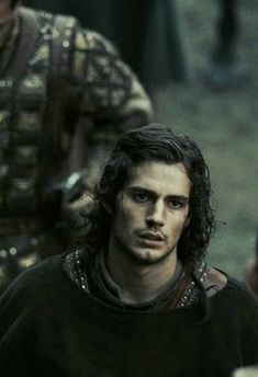 Henry Cavill as Melot in Tristan and Isolde (2006) via larientasartir.tumblr.com