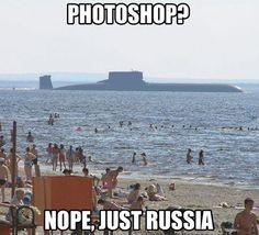 Ir a la playa en Rusia y encontrarse con un submarino nuclear xD