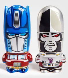 Transformers Mimobot USB Flash. Love it!
