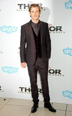 Samantha McMillen styled Chris Hemsworth in a dapper suit for THOR 2 UK world premiere.