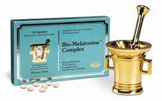 Pharma Nord Bio Melatonine Complex 120 tabletten - Ons leven wordt bepaald door een 24-uurs ritme waar we in leven en in slapen. We kunnen alleen ons drukke leven volhouden als we goed slapen. In onze slaap komt ons lichaam tot rust, vindt herstel plaats en kunnen onze hersenen de indrukken van de dag verwerken. Bio-Melatonine Complex kan prima helpen om overdag normaal te functioneren en �s nachts goed te ontspannen. De zuivere melatonine in de zuigtabletten wordt 10x zo opgenomen in het…