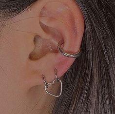 Ear Jewelry, Cute Jewelry, Jewelry Accessories, Diy Jewellery, Jewellery Storage, Pretty Ear Piercings, Tongue Piercings, Grunge Jewelry, Accesorios Casual