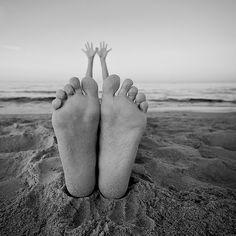 PHOTO: THOMAS LONGO Questa estate che ci cola tra le gambe