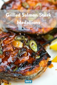 The trick to no-break salmon steaks. Most Popular Recipes, New Recipes, Braai Recipes, Lemon Salmon, Food Lab, Grilled Salmon, Serious Eats, Fish And Seafood