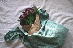 How to Make Your Own Reusable Tote bag | Free People Blog #freepeople