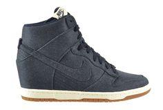 Nike Women's Dunk Sky HI Essential Shoes Dark Obsidian/Sail-Gum Medium Brown 644877-400 (7 B(M) US)