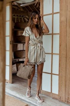 Breathtaking 43 Couple Summer Outfits for Walking on the Street http://inspinre.com/2018/02/22/43-couple-summer-outfits-walking-street/