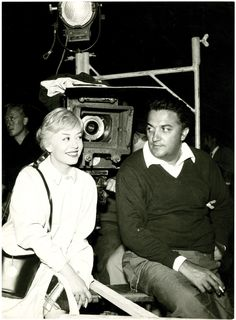 Giulietta Masina and Director Federico Fellini on the set of Nights of Cabiria, 1957. Fellini Films, Art Pass, Film World, Ingmar Bergman, Star Wars, Making A Movie, Famous Couples, Real Hero, Independent Films