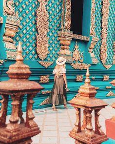 Discover the world with Carlinn Chiang Rai Thailand, Temple Thailand, Bangkok Thailand, Bangkok Travel, Thailand Travel, Mughal Paintings, Voyager Loin, Thailand Photos, Thai Art