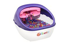 Give your feet a treat with the soothing massage of the Orbeez Ultimate Spa.  Feel the cascading waterfall of Orbeez on your feet.  With a built-in strainer heating your Orbeez is easy.  The larger f...