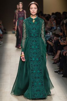 Valentino SS14 - Wow. Is Medieval fashion making a comeback?