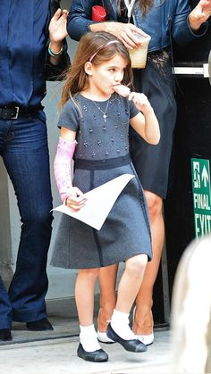 Suri Cruise in pink cast