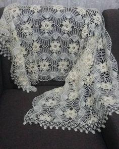 Making bridal vest models - Different bridal vest models # vest . - Crochet Clothing and Accessories Knitting Blogs, Easy Knitting, Baby Knitting Patterns, Knitting Designs, Knitting Stitches, Crochet Patterns, Crochet Cardigan, Crochet Shawl, Knit Crochet