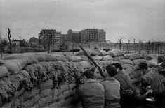 En la trinchera, frente al Hospital Clínico, Madrid, marzo de 1937.