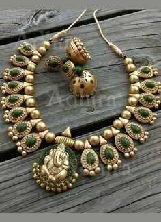 Gold Green Terrocotta Necklace Set