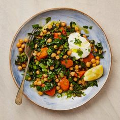 The quick supper: Yotam Ottolenghi's chickpeas and Swiss chard with yoghurt. Healthy Recipes, Veggie Recipes, Salad Recipes, Vegetarian Recipes, Cooking Recipes, Veggie Dinners, Yotam Ottolenghi, Ottolenghi Recipes, Ottolenghi Cookbook