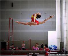 Gymnastics Chinese gymnast - balance beam weibo.com/needle85