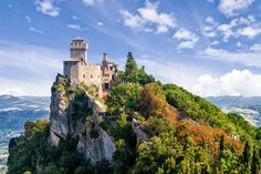 14 Gorgeous Castles You Must See In Europe Guaita and Torre Cesta, San Marino Italy Vacation, Vacation Destinations, Italy Travel, Cruise Vacation, Summer Vacations, Italy Trip, Cool Places To Visit, Places To Go, Ravenna Italy