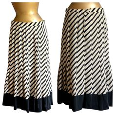 1970s Couture FRANCO BERTOLI Black and White Skirt - Pleated Silk - Size 10