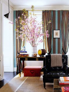 blue, red - living room