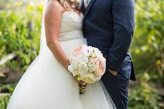 Pastel pink, peach and cream summer wedding bouquet - summer wedding bouquet idea {Jasmine Rose Photography}