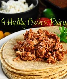 Make eating Healthy a little easier with these HEALTHY crockpot recipes. #fitness #healthy #crockpot