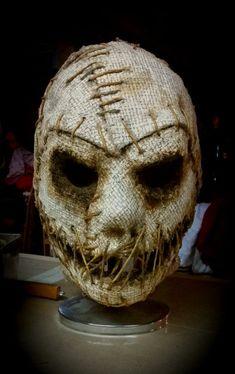 Grim Stitch Factory (@GrimStitchMasks) | Twitter Mascaras Halloween, Halloween Masks, Scarecrow Mask, Scary Scarecrow, Creepy Masks, Plague Mask, Monster Mask, Cast Art, Joker Art