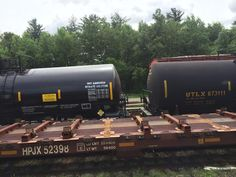 These freight cars were recently spotted somewhere in North America. Chemistry, North America, Train, Pictures, Photos, Strollers, Trains, Resim