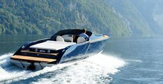 Beautiful Boat - Seatech Marine Products / Daily Watermakers