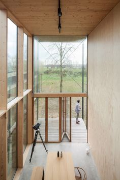 Weekend House Wachtebeke by GAFPA in Belgium takes its cues from Japanese architecture. The plywood walls are left exposed both inside and out and the same material forms ceilings, while the flooring is provided by a layer of polished screed. Modern Architecture House, Japanese Architecture, Space Architecture, Residential Architecture, Architecture Details, Futuristic Architecture, Modern Houses, Pavilion Architecture, Sustainable Architecture