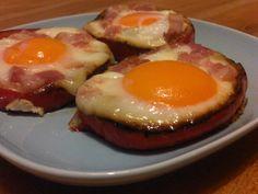 Eieren in paprika ring
