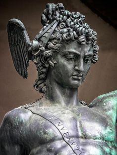 Bronze Sculpture, Sculpture Art, Sculptures, Perseus Und Medusa, Christian Paintings, Italian Art, Western Art, Tattoo Designs Men, Cool Art