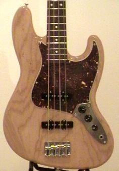 Fender FSR Jazz Bass