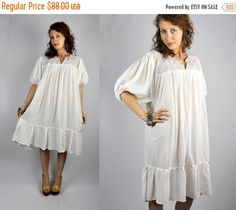 SALE Mexican Dress Mexican Embroidered Dress by ItaLaVintage
