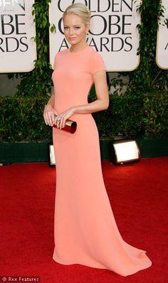 Celebrity Fashion - .one of my favorite dresses :) Go Emma Stone!