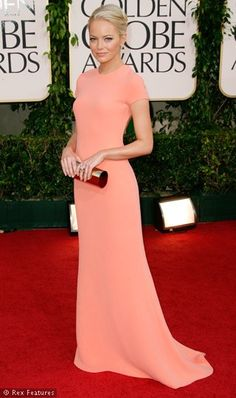 Celebrity Fashion - .one of my favorite dresses :) Go Emma Stone!