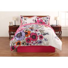 Hometrends Watercolor Floral Bed in a Bag Bedding Set. Well i dont want pink but i love the floral print:):(