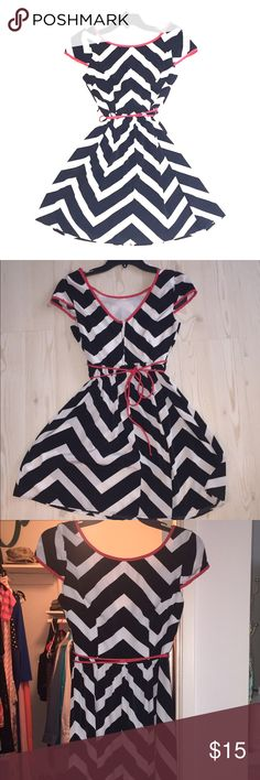 Black and white chevron dress Super cute chevron dress! Bought and never wore Bc it's a little too snug in the top for me. 100% polyester and not stretchy. Goes to just above the knee. Size 5/6 on the tag, but fits more like a 4 b.darlin Dresses
