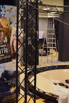 Tietomaan neljänteen kerrokseen on noussut kokonainen elokuvastudio lavasteineen ja digitaalisine tehosteineen. Tiedekeskus Tietomaa, Luuppi, Oulu (Finland)
