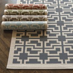 Alys Indoor/Outdoor Rug by Ballard Designs