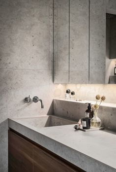 Appear this significant image in order to have a look at the shown suggestions on Cheap Bathroom Remodel Modern Bathroom Design, Contemporary Bathrooms, Bathroom Interior Design, Bathroom Designs, Bathroom Inspo, Bathroom Inspiration, Bathroom Ideas, Plywood Furniture, Diy Furniture