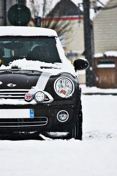 Snowy Mini Cooper By Fabrice Staszak